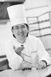 Yasushi Sasaki, maître pâtissier japonais établi à Bruxelles