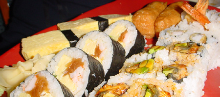 Assortiment de sushis sans poisson cru
