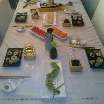 Festin de sushis de chez Attrap'Sushi à Liège
