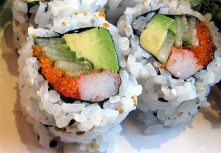 California roll - Rouleau à l'avocat et au crabe/surimi