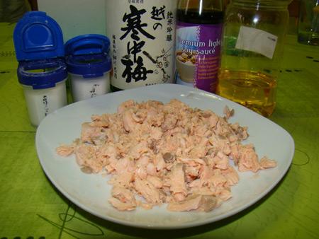 Saumon émieté & ingrédients de base