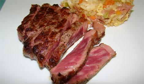 Steak de wagyu - riz sauté japonais (Yakimeshi)